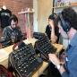 Nuestros amigos de @musicom.es , @microfusa y @cutoffproaudio en la fábrica de @moogsynthesizers.
